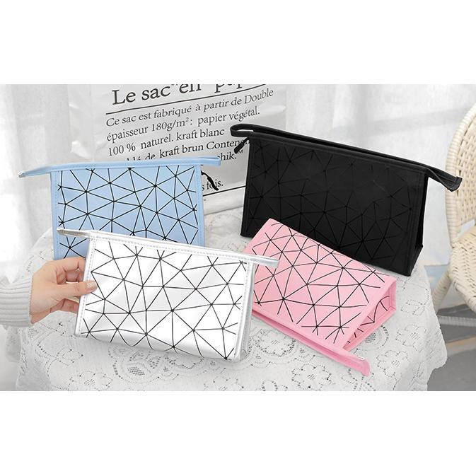 New Fashion PU Women Make Up Bag Women Waterproof Travel Organizer Makeup Bag Toiletry Kit Cosmetic Storage Bag Cases Handbag