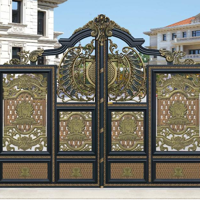 The quality courtyard door has an elegant appearance