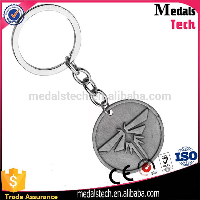 Promotional custom design alloy custom tennis racket type metal keychain