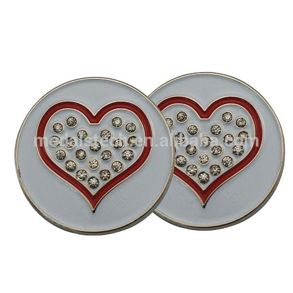 Various styles Customized heart logo multicolor soft enamel metal golf ball marker for club