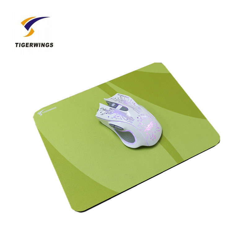 2018 High Quality rubber metal overwatch a4 size Mouse pad hot sale