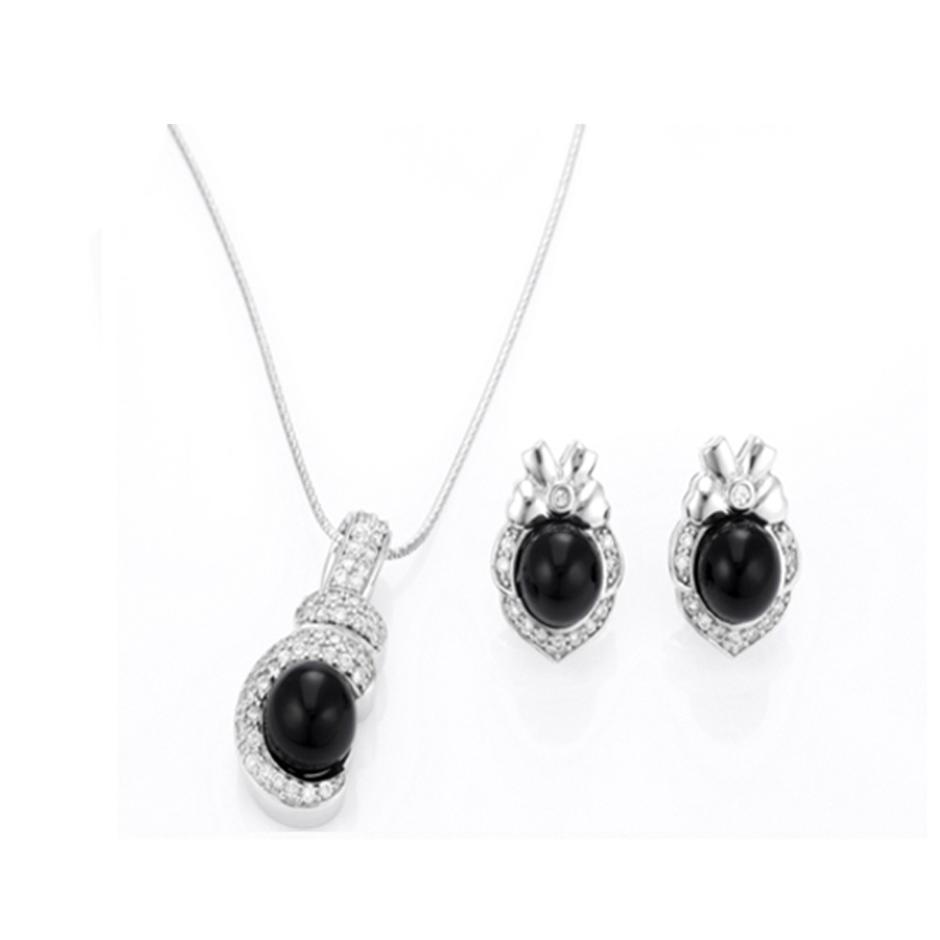 Round black stone costume jewellery from dubai