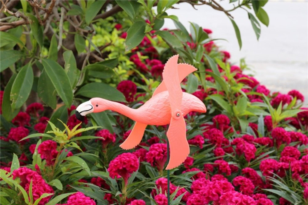 product-Osgoodway-Osgoodway New Product Hot Sale Garden Ornaments Red Plastic flamingo From Golden s