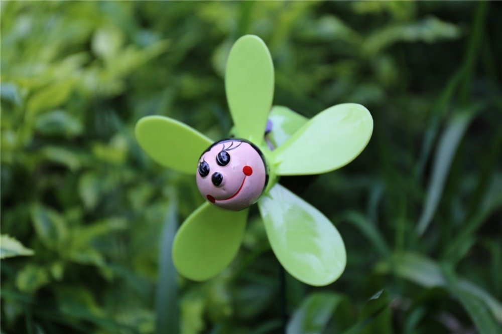 product-Osgoodway-Osgoodway Hot Selling China Manufacturer Plastic Beetle garden Wind Spinners Whole