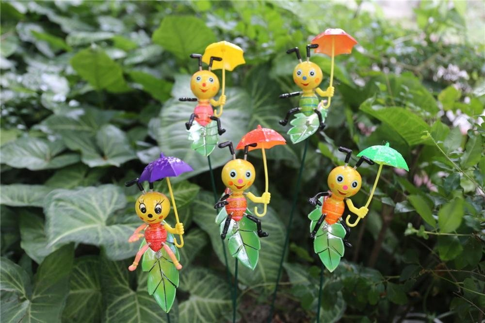 product-Osgoodway8Factory Direct Sale Cartoon Plastic Snail Ants with umbrella Stakes Garden Ornamen-1