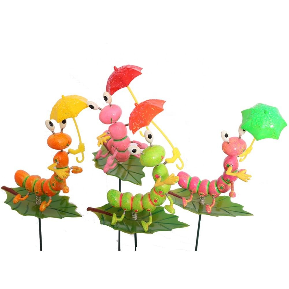 Osgoodway8 KM_16170002 Professional Plastic Garden stake Cute Cartoon Artificial Insect Leaf ( 4 Colors)