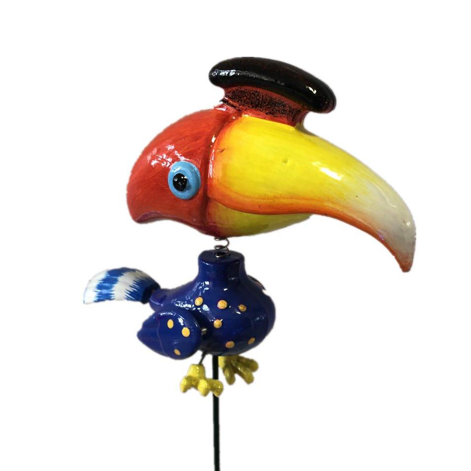 Osgoodway 2020 Hot Selling Newest Plastic Toucan Garden Decor Flying Bird Garden Ornament for Multi Birds