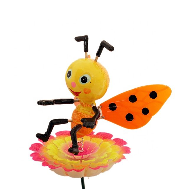 Osgoodway Hot Sale Wholesale Lifelike Bee funny miniature garden ornament outdoor for yard decor