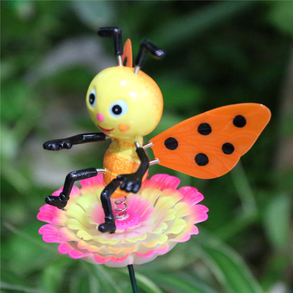product-Osgoodway-Osgoodway Hot Sale Wholesale Lifelike Bee funny miniature garden ornament outdoor