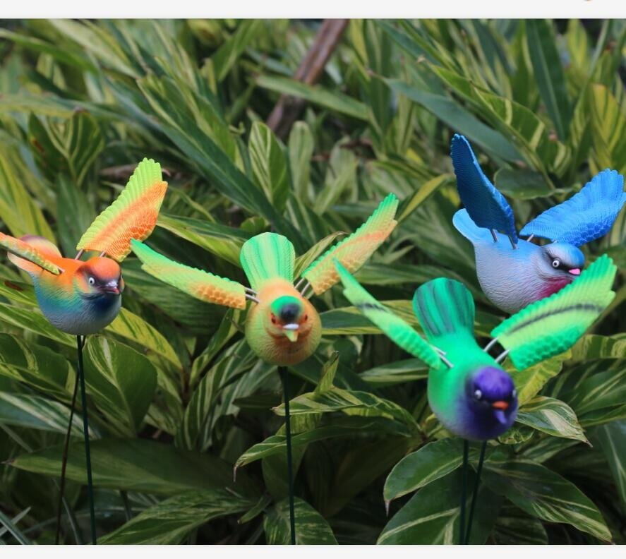 Osgoodway8Factory Price Simulation Plastic Garden Ornament Stakes with Small Bird Moving Wings For Out door