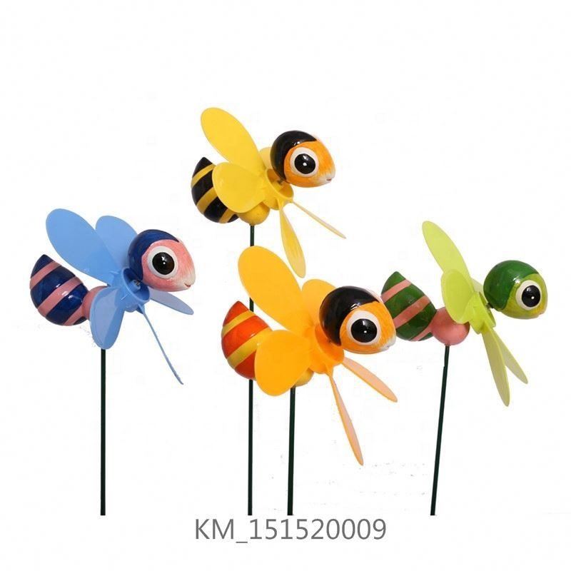 OsgoodwayChina Factory Direct Sale Plastic Garden Spinning Honey Bee Decorative Windmill