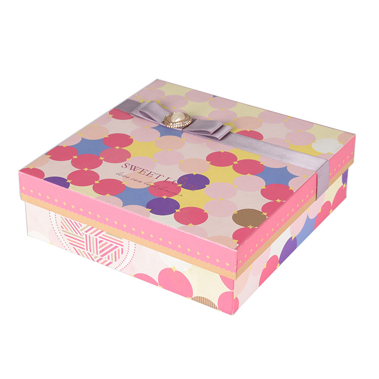 New Products Recyclable Pink Ribbon Gift Packaging Paper Box with Lid