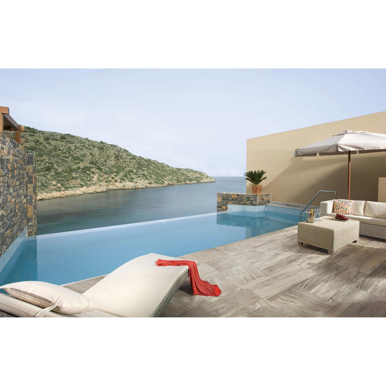 Slip resistant outdoor ceramic tiles
