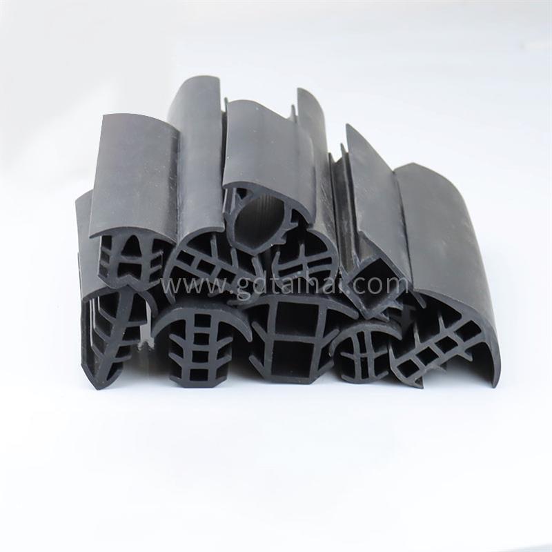 High temperature resistant oil resistant rubber strip door seal tshaped rubber strip