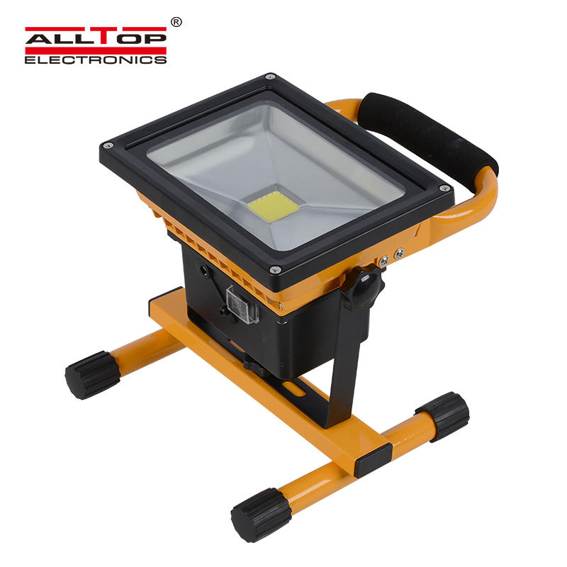 High performance portable rohs ip65 waterproof 10w 20w 30w 50w rechargeable solar led floodlight