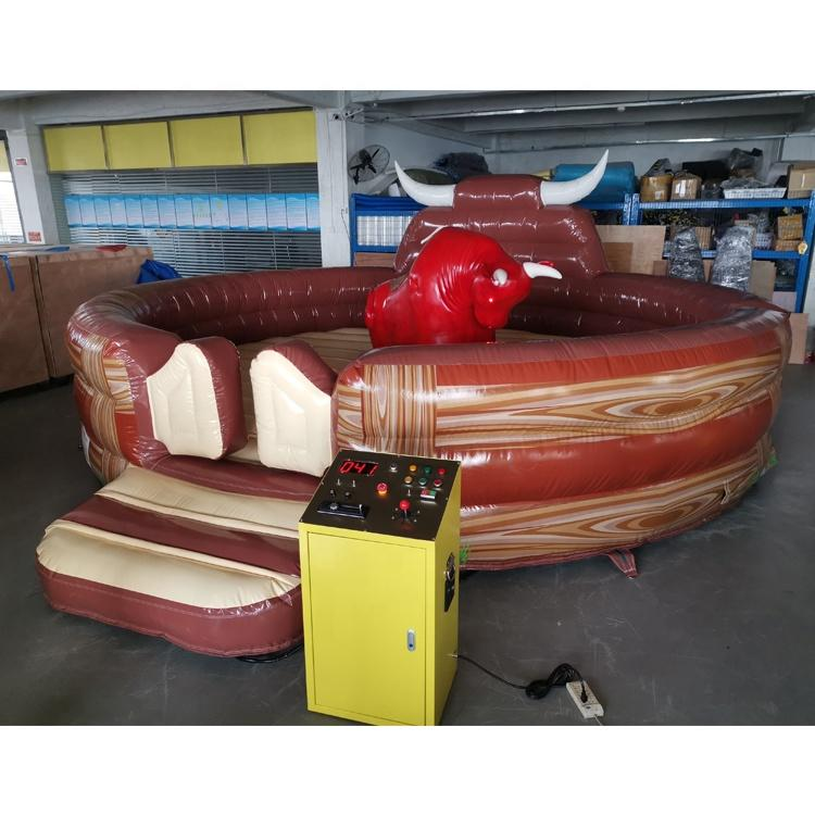 Inflatable mechanical rodeo red mechanical bull mattress for Crazy challenge game