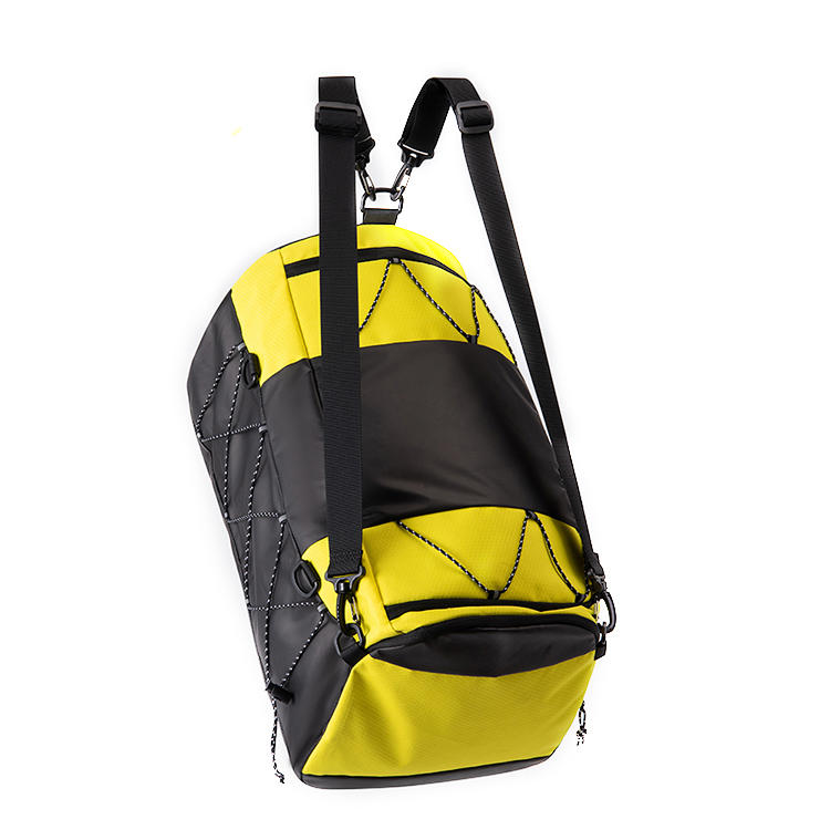 Fashion 210D Polyester Custom Waterproof Women Outdoor Travel Sports Duffle Bag