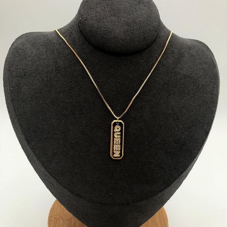Wholesale Gold Plating Silver Cz Couples Queen Alphabet Letter Pendant Necklace