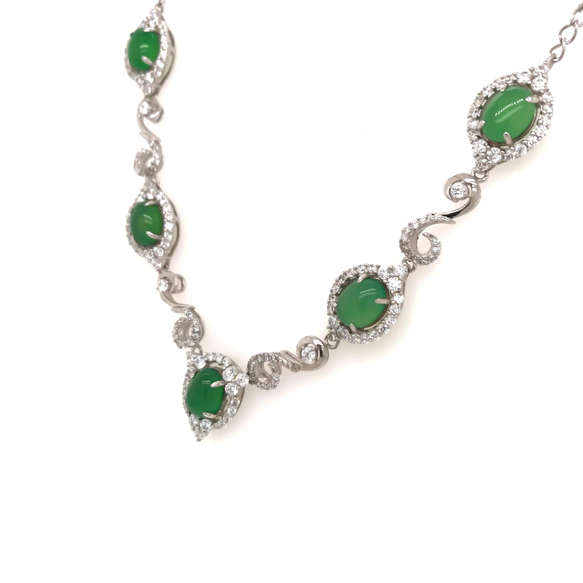 Delicate Silver Chain Emerald Stone Statement Necklace For Women