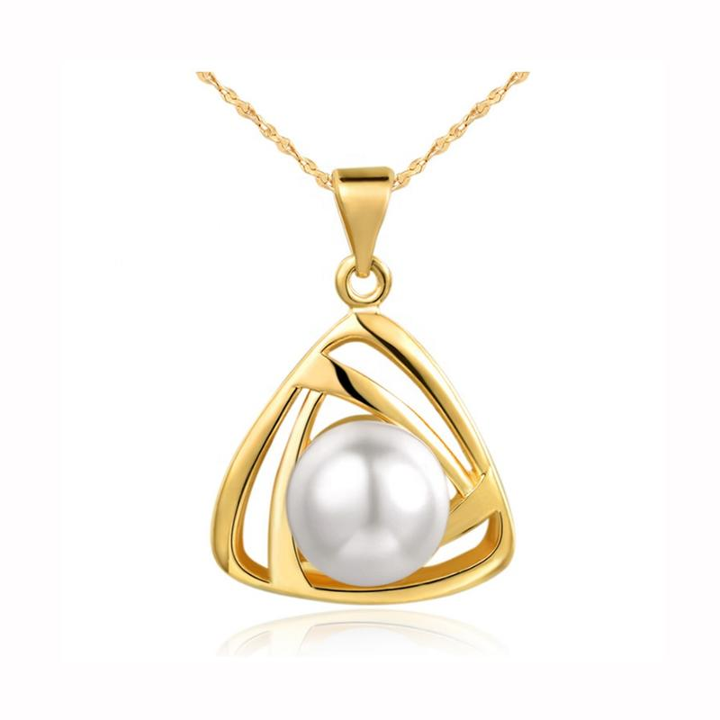 Fashion Charm Freshwater Pearl Triangle Pendant Jewellery