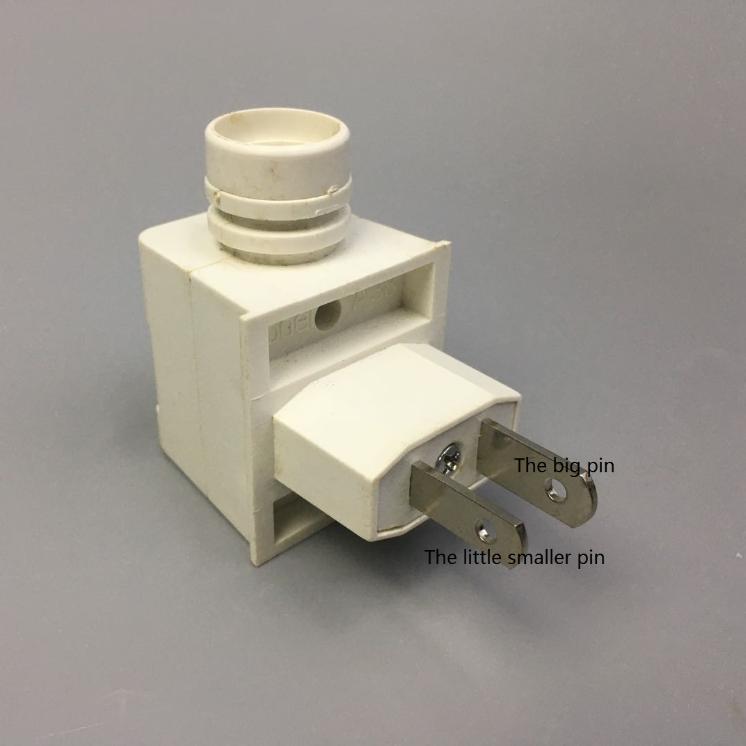 GL-082- GY3 CE ROHS European or USA plug E12 Sensor night light electrical plug socket lamp holder with 5W 7W 15W 220V