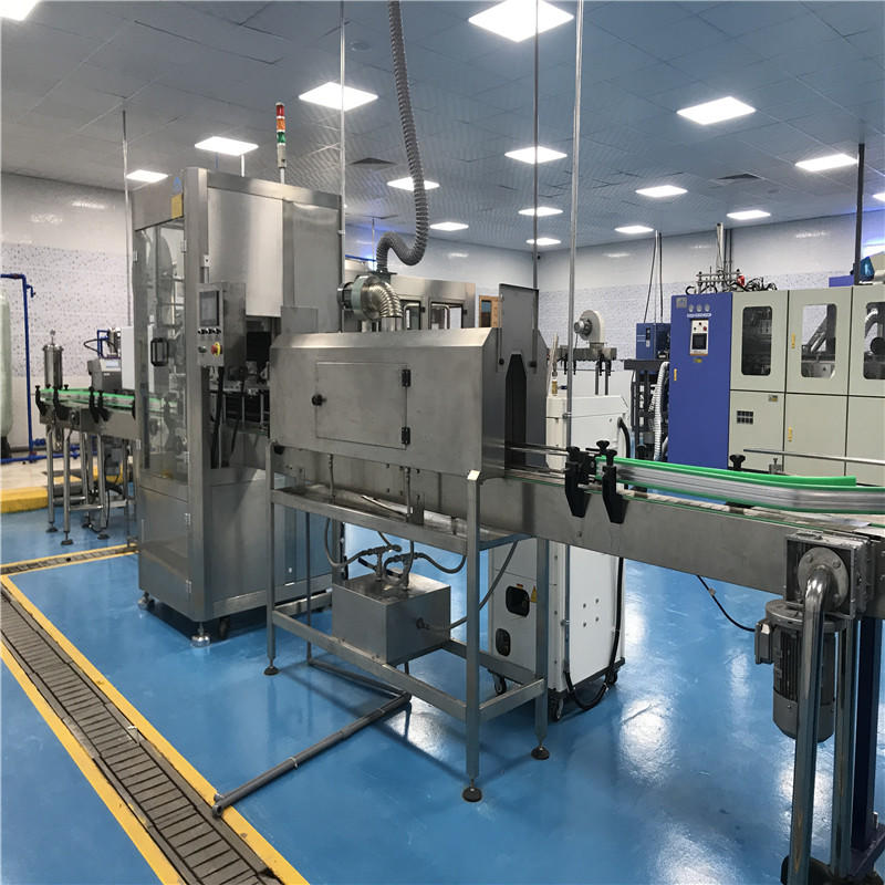 Automatic PET Round Bottle Shrinking Labeling Machine Single Headlabel machine price