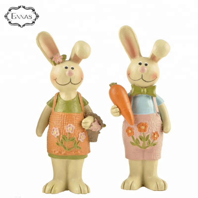 Cute resin easter gift statues couples rabbit with carrot