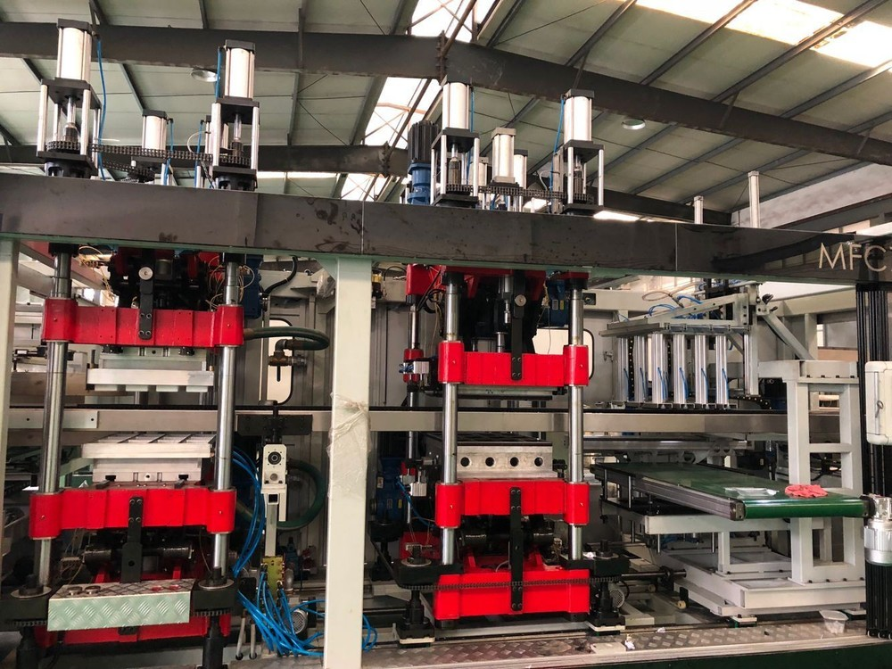 Multi-Station Fully Automatic Plastic Thermoforming Machine (MFC 7660)