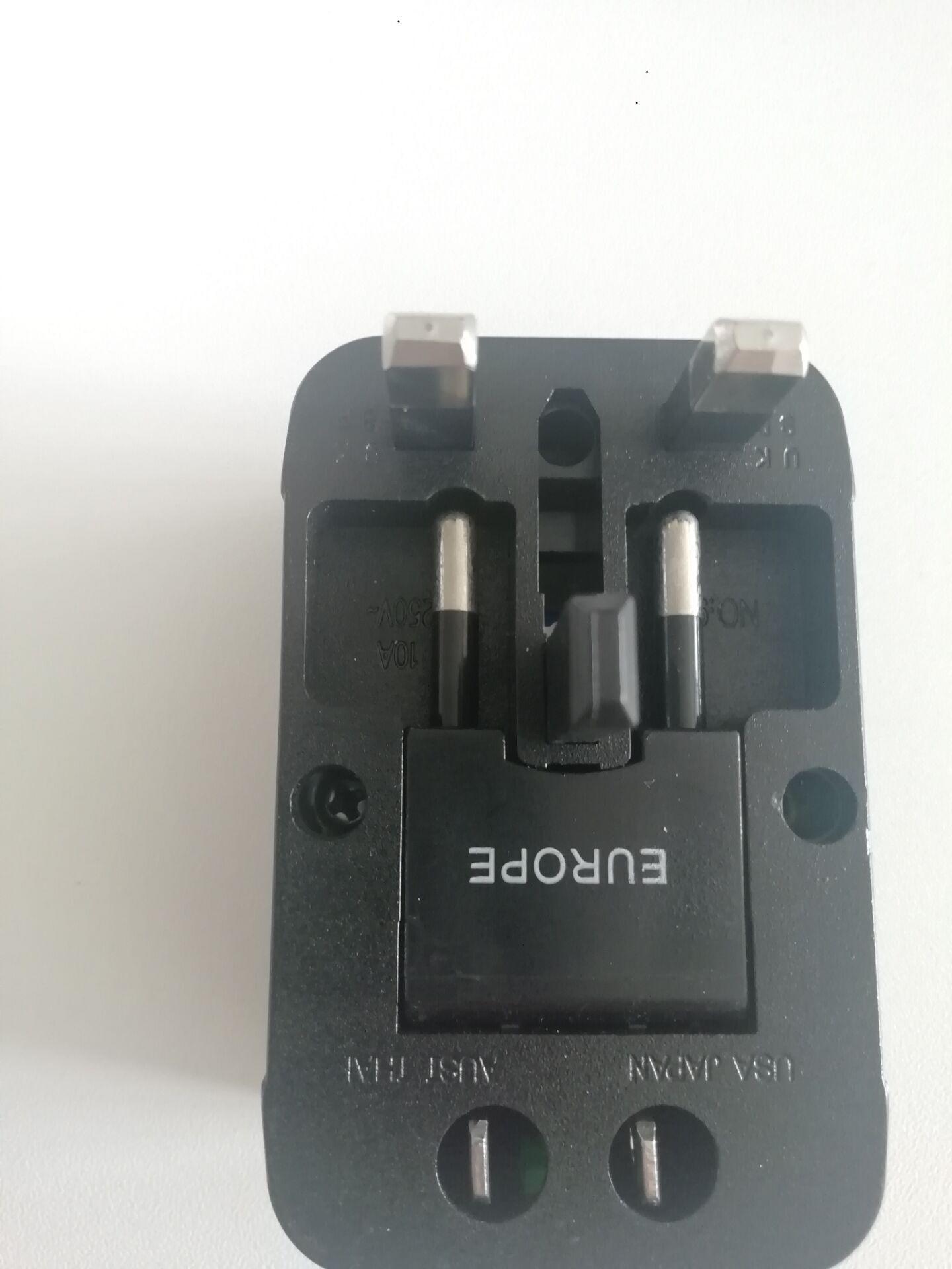 OEM EU uk us 220v international universal best eu outlet type g travel power electrical charger plug adapter socket converter