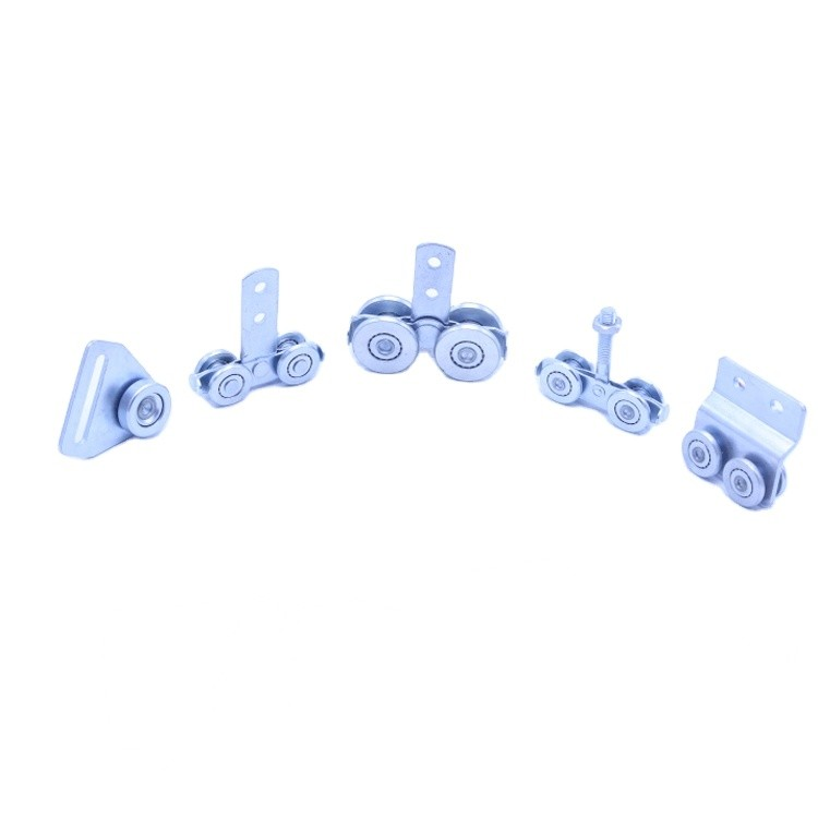 Nylon SteelZinc plated 4 WHEELS SIDE CURTAIN ROLLER with mounting holes