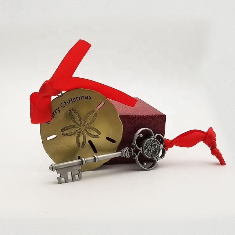 2020 In Stock Christmas Tree Gifts Decoration Santa KeyMagic Christmas Keychain