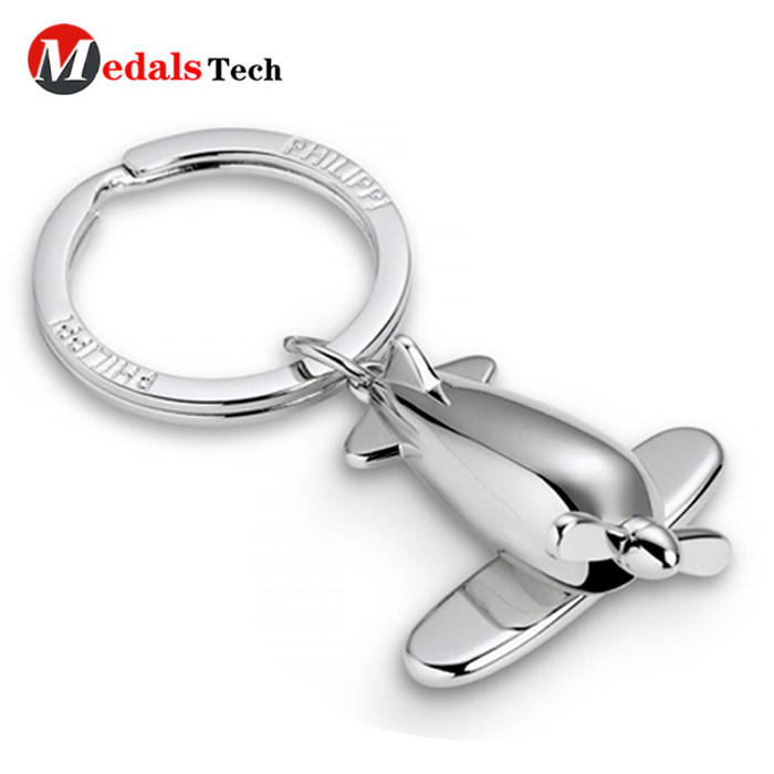 High quality custom silverrhinestone metal dice shaped keychain