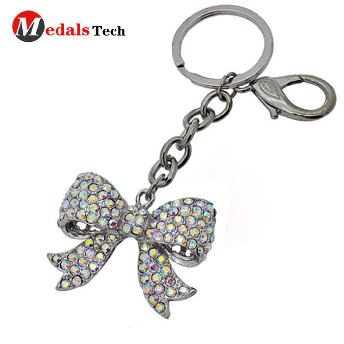 Cheap custom laser logo metallover wedding souvenir keychain