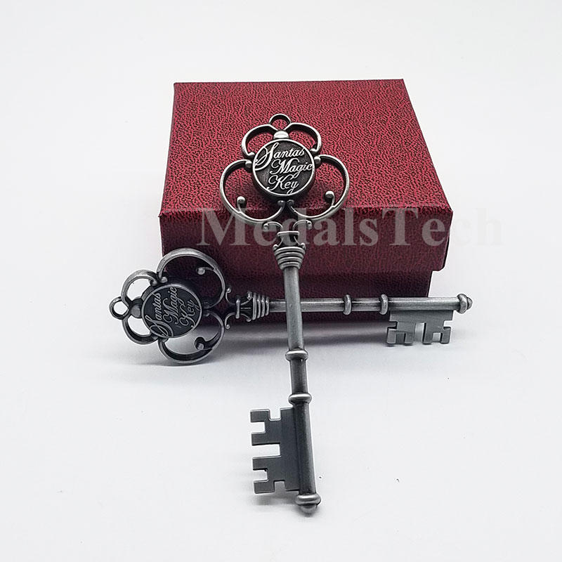 Decoration accessories 3D cut out antique metal christmas gift key keychain with festive ribbon