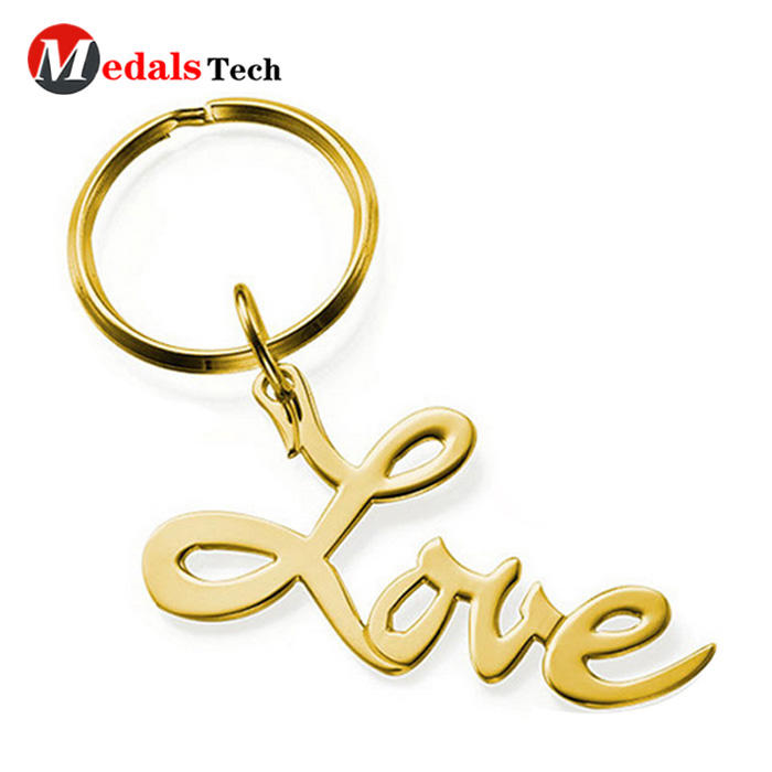 Wholesale promotional gifts metal logo love gift keychain for girls