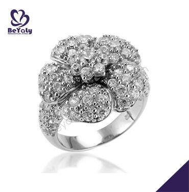 Artful amazing silver cz flower italian design ring