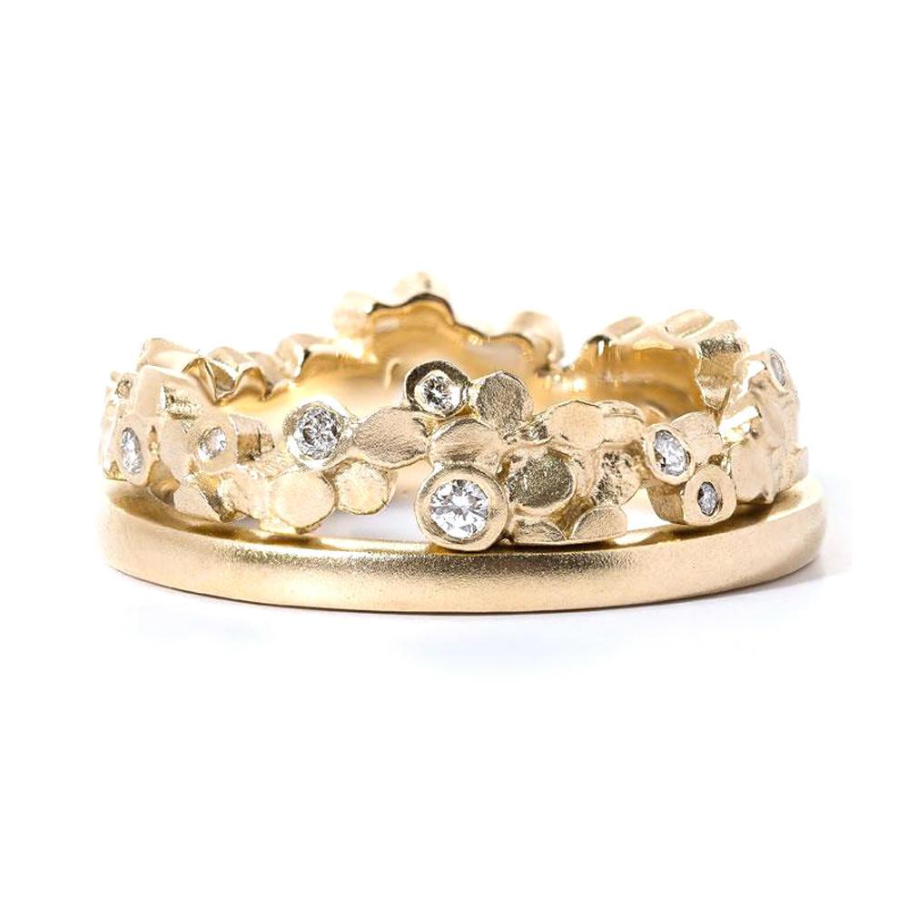 Shiny custom design cubic zircon 9k gold jewelry