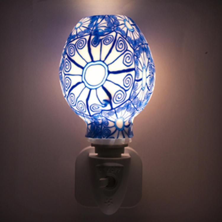 ETL CE SAA CB BS Aroma Essential Oil soft Art glass blue flowers design night light 110v 220v 7w GL-RT06