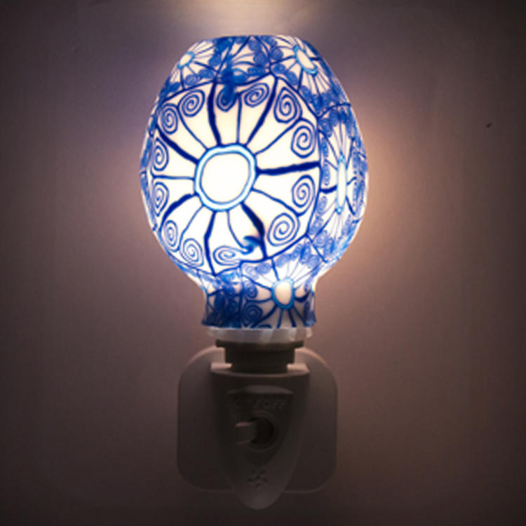 ETL CE SAA CB BS Aroma Essential Oil soft Art glass blue flowers design night light 110v 220v 7w GL-RT06