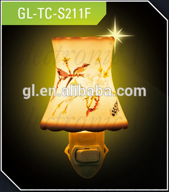 ETLCE SAA BS ceramic decoration traditional sensor and switch porcelain night light and bulb with 110V and 220V and 5 or 7 W