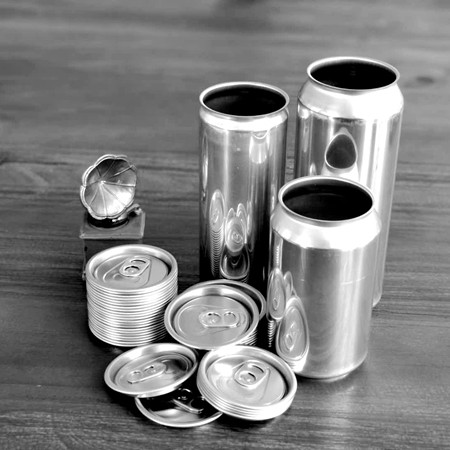 Wholesale food grade empty customized aluminiumbeverage and beer can lid can skeek 330ml