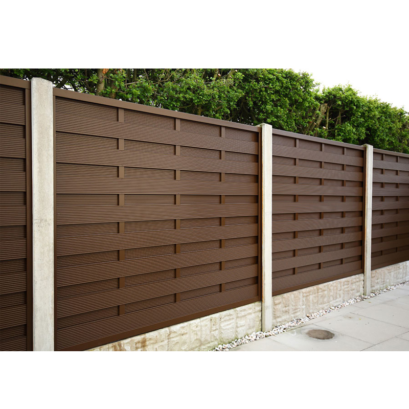 Extruded wood grain aluminum slats for fence panel