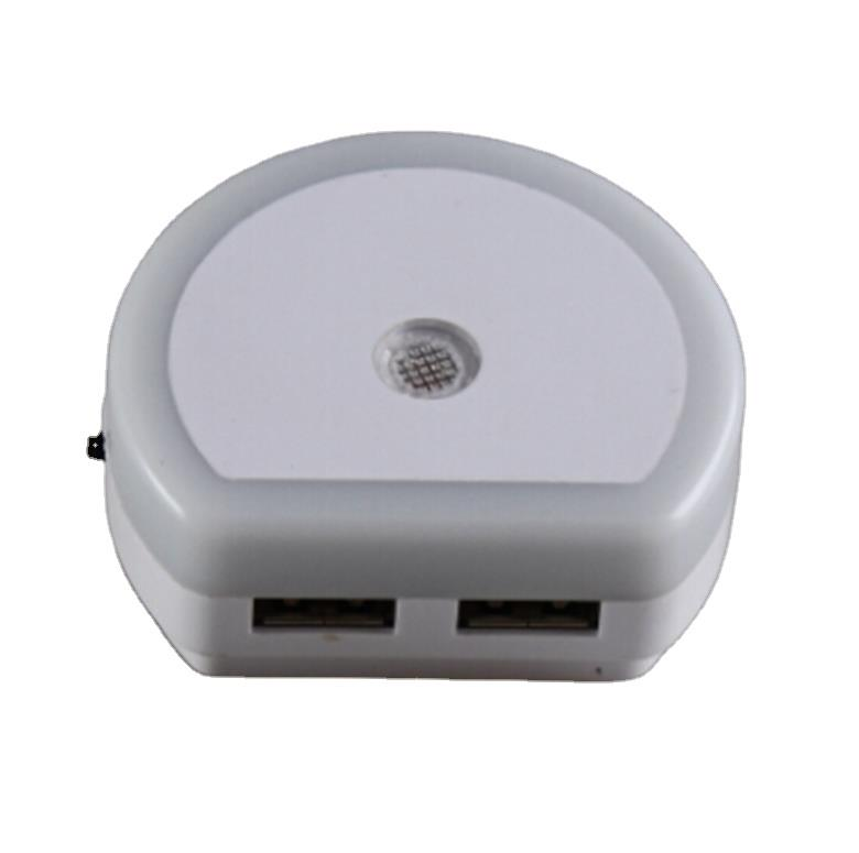 mini switch plug in Dual USB Night Light charger Lamp with Automatic Dusk to Dawn Sensor 0.6W AC 110V 220V USB02