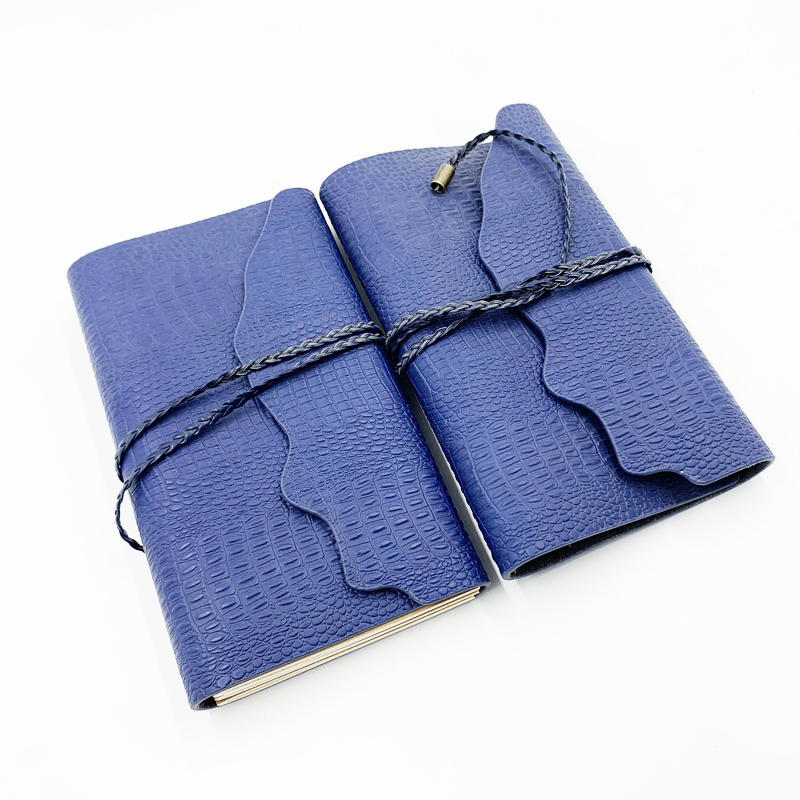Custom logo hand made leather cover travel journal planner notebook with Replaceable inner core