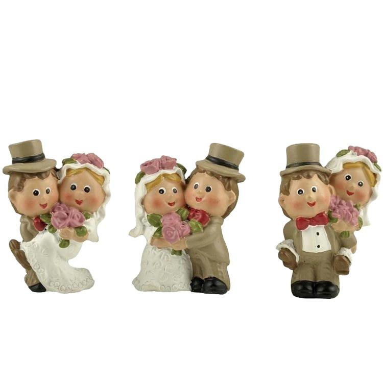 Polyresin wedding decoration couple figurine with magnet