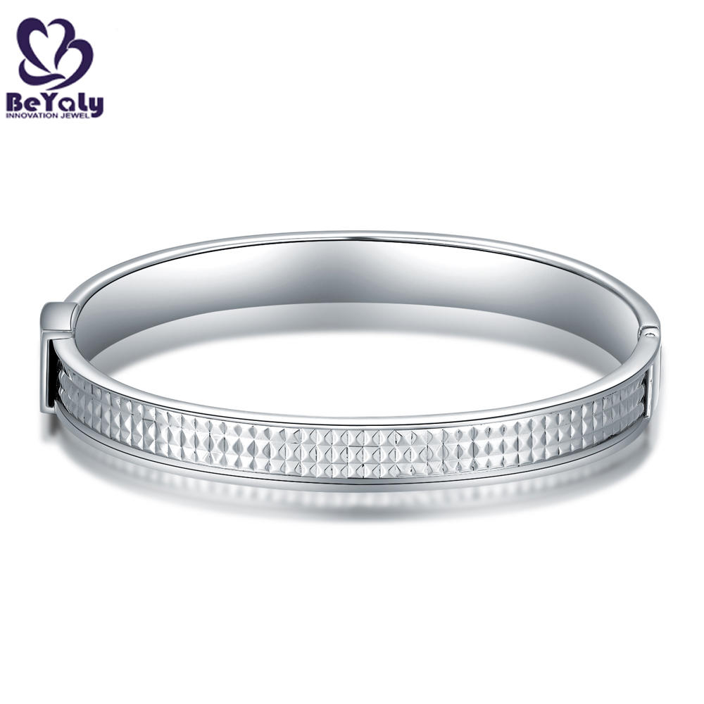 Classic Stainless Steel Square Convex Cut Design Bracelet Unisex