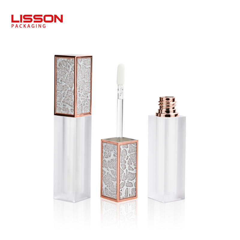 OEM 15ml empty cosmetic lip gloss tube packaging with soft flat silicone brush for essence