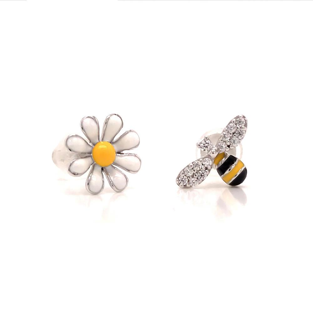 Cute Asymmetric 925 Sterling Silver Daisy Bee Stud Earring Women