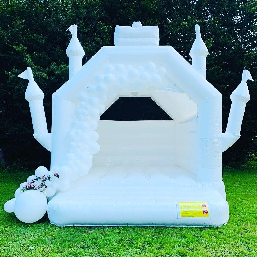 white inflatable wedding bouncer for party rental bounce house