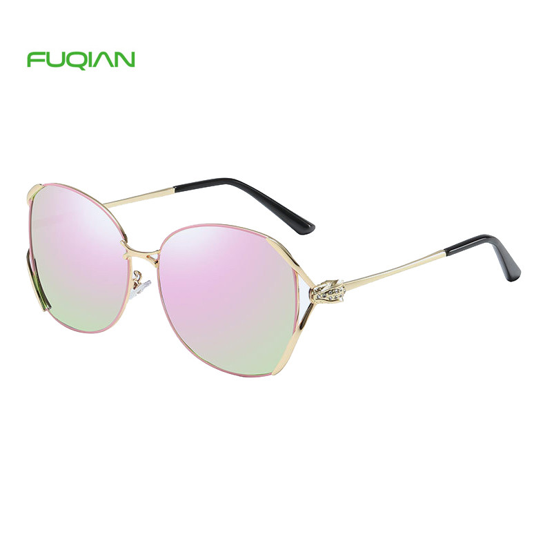 Newest Popular Hollow Out Unique Snake Frame Round Polarized Women SunglassesNewest Popular Hollow Out Unique Snake Frame Round Polarized Women Sunglasses